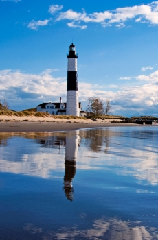 Big_Sable_Point_Lighthouse_img_1192755826_15190_1307640810_mod_230_350